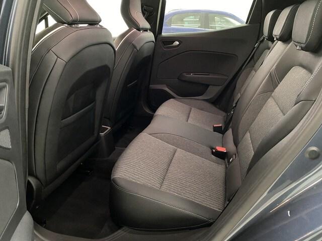 Inside Clio  Gris Titanium