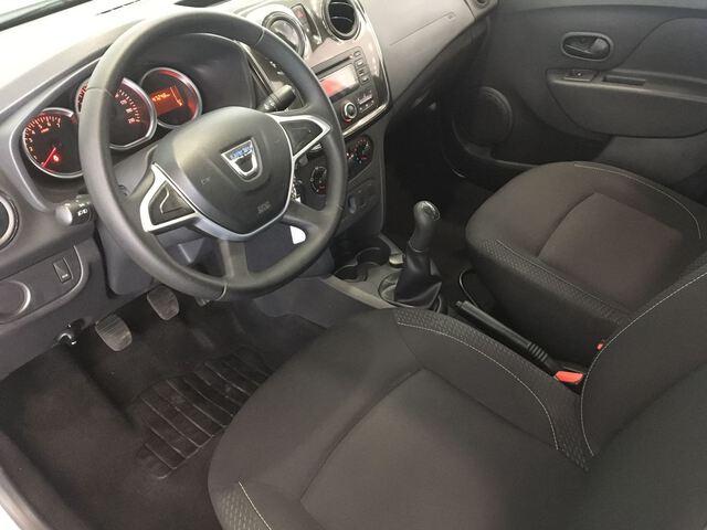 Inside Logan Diesel  BLANCO