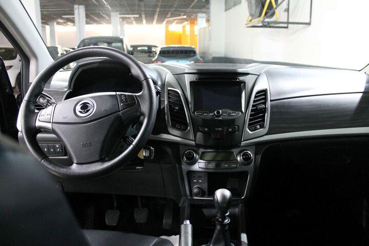 Inside Korando Diesel  AZUL