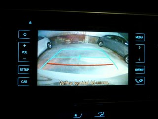 Inside Auris Touring Sports Diesel  Blanco perlado