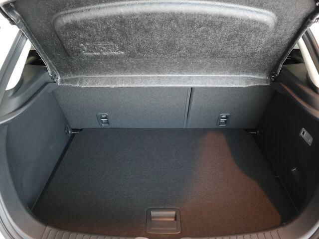 Inside CX-3  BLANCO