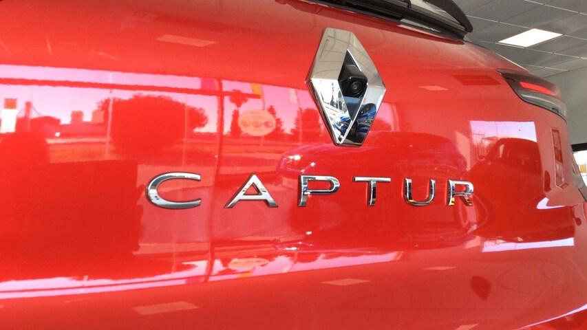 Outside  CAPTUR  Carrocería Rojo Des