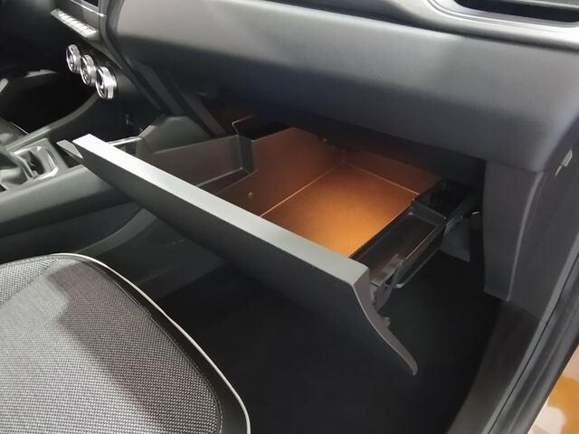 Inside Captur Diesel  Naranja Atakama/negr