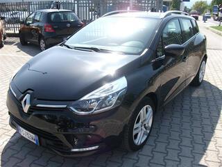 RENAULT Clio Sporter 01120487_VO38043211