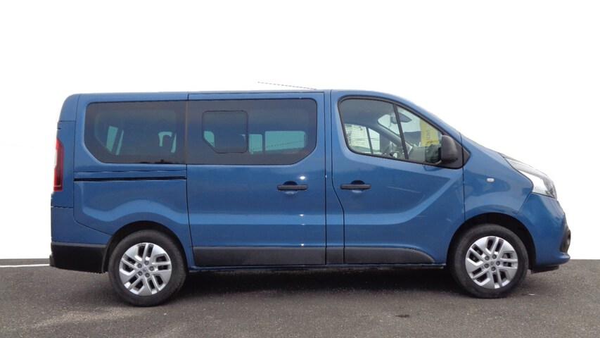 Outside Trafic Combi Diesel  Azul
