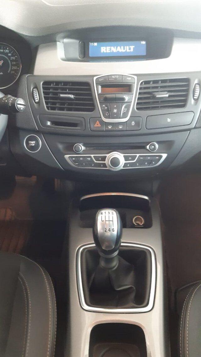 Inside Laguna Diesel  GRIS