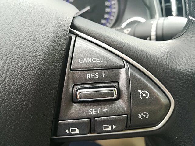 Inside Q50 Diesel  Gris