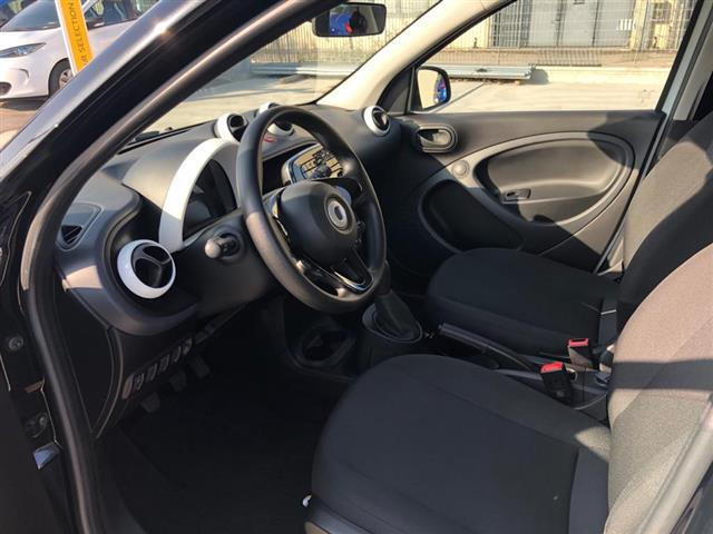 SMART Forfour 00978766_VO38013322