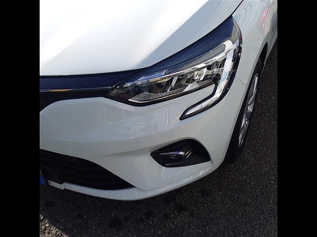 RENAULT Clio V 2019 00063972_VO38013404