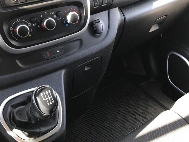 Inside Trafic Combi Diesel  BLANCO GLACIAR