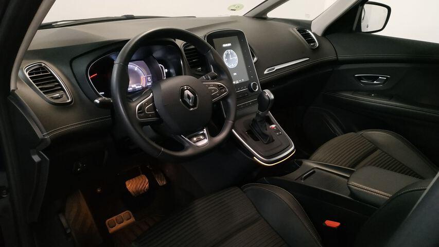 Inside Grand Scénic Diesel  Azul