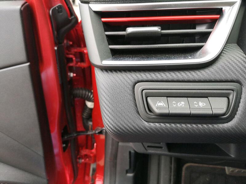 Außenausstattung Clio R.S.Line TCeEDC Dezir Rot            rot