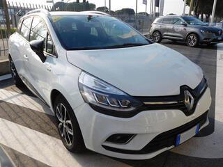 RENAULT Clio Sporter 00320341_VO38013946
