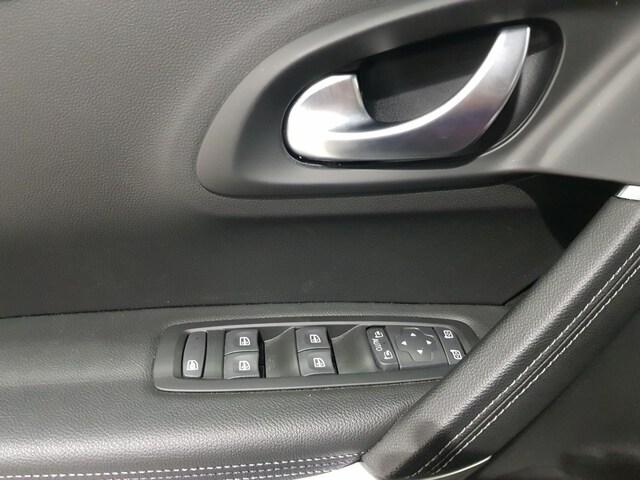 Inside Kadjar Diesel  Gris Titanium