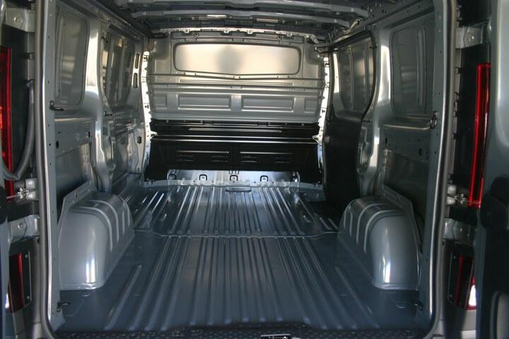Inside Trafic Furgón Diesel  GRIS