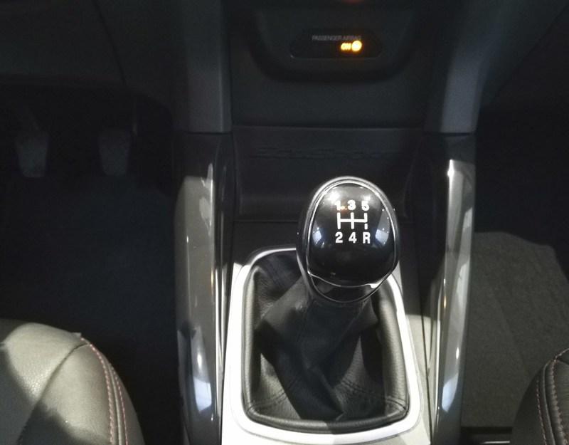 Inside EcoSport Diesel  Azul Kinetic