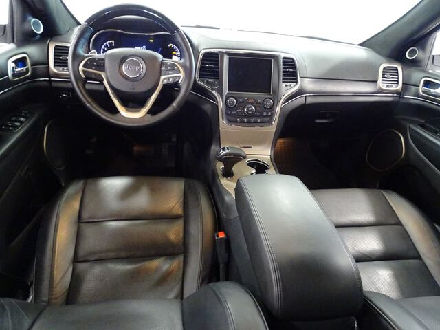 Inside Grand Cherokee Diesel  BLANCO