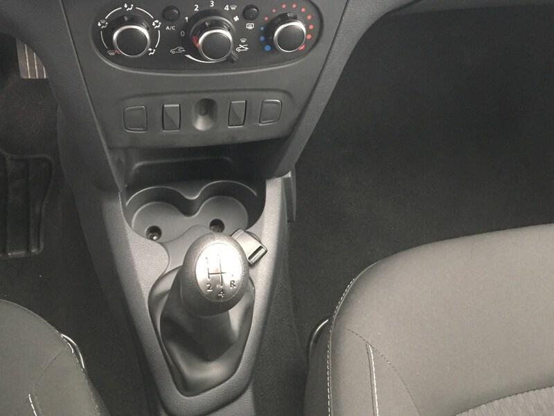 Inside Sandero Diesel  Azul Cosmos