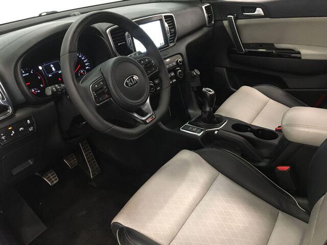 Inside Sportage Diesel  Black Pearl