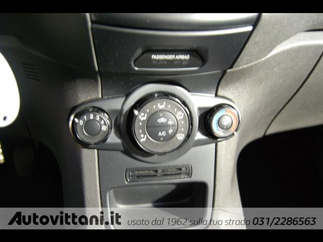 FORD Fiesta 00908647_VO38023207