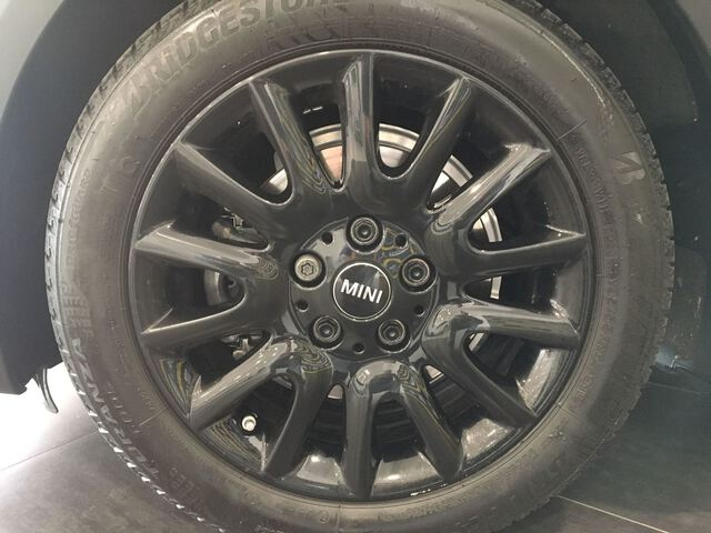 Outside  F57 Cabrio Diesel  Moonwalk Grey