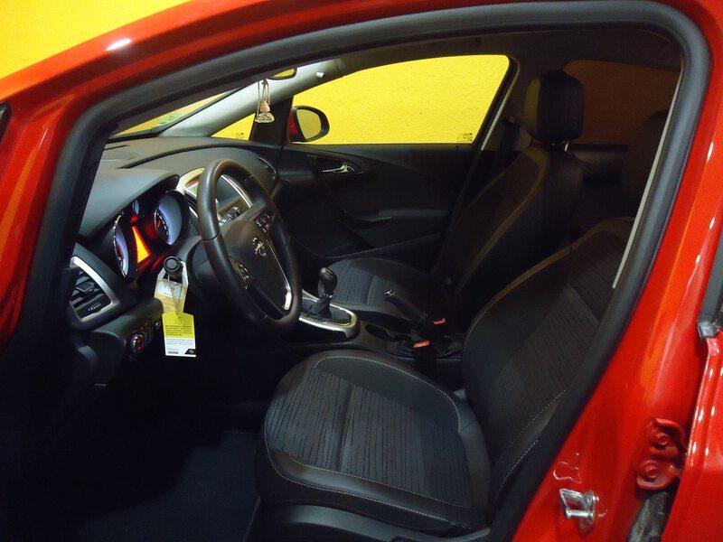 Inside Astra Diesel  Rojo Pasión
