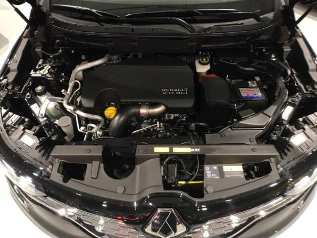 Inside Koleos Diesel  Negro Sport