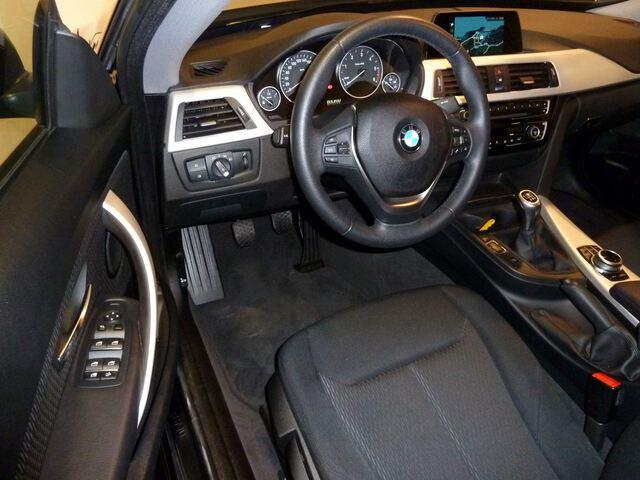 Inside Serie 3 F34 Gran Turismo Diesel  Negro