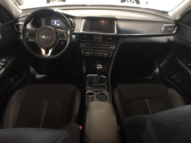 Inside Optima Diesel  Clear White