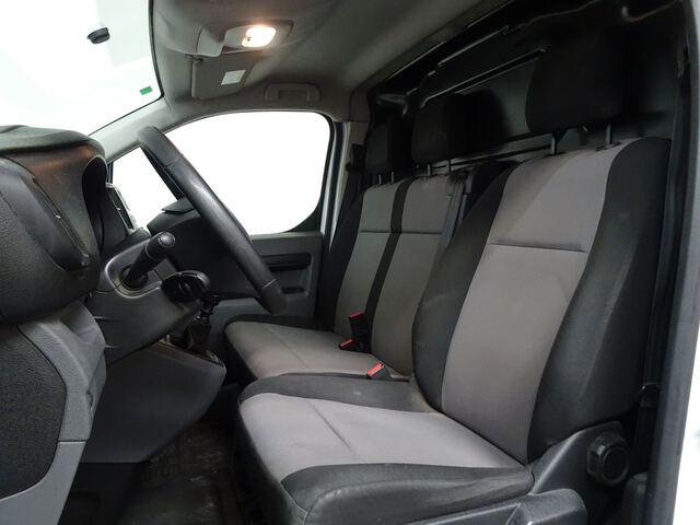 Inside Jumpy Furgón Diesel  Blanco Banquise