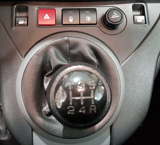 Inside Berlingo Furgón Diesel  BLANCO