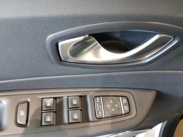 Inside Captur  Blanco Nacarado/Tech