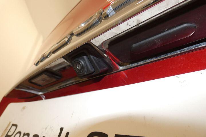 Inside Mégane Sport Tourer Diesel  Rojo Deseo