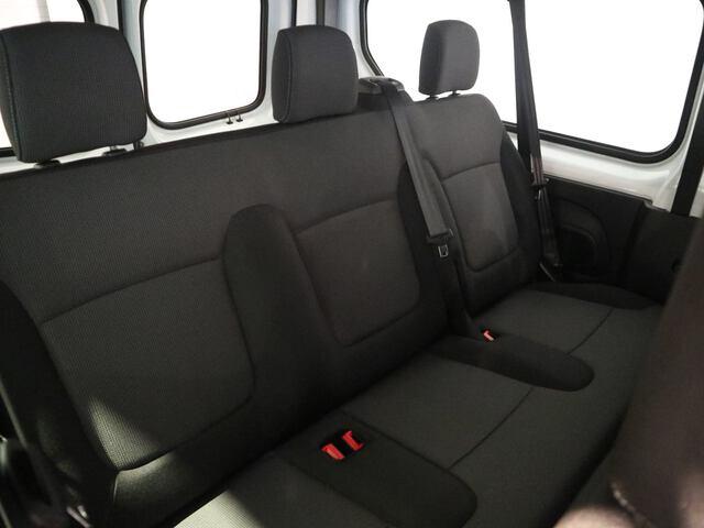 Inside Trafic Combi Diesel  BLANCO