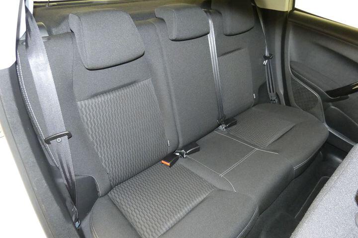Inside 208 Diesel  Blanco Banquise