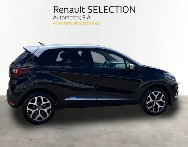 Outside Captur  NEGRO