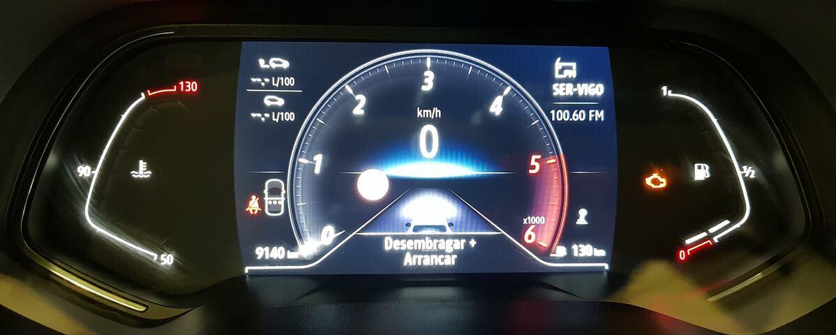 Outside Clio Diesel  MARRON