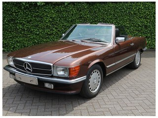 Mercedes-Benz - SL 300