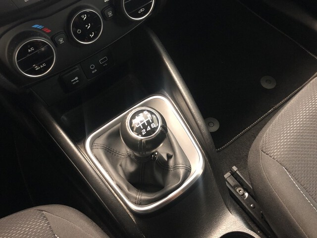 Inside Tipo SW Diesel  Gris Maestro