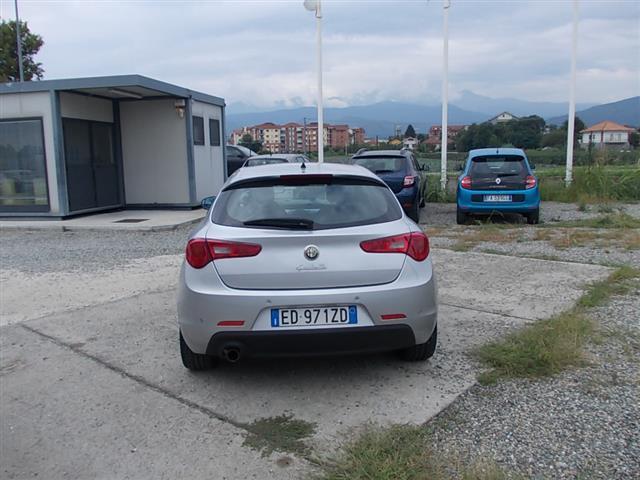 ALFA ROMEO Giulietta 01150133_VO38053436
