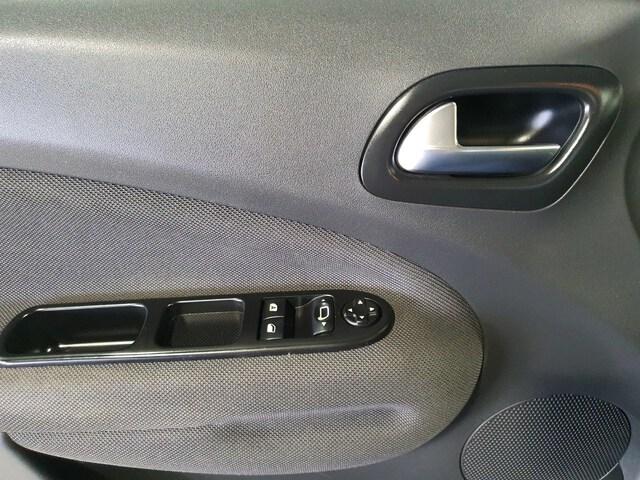 Inside C3 Picasso Diesel  Gris