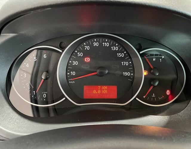 Inside Kangoo Combi Diesel  Rojo Emoción
