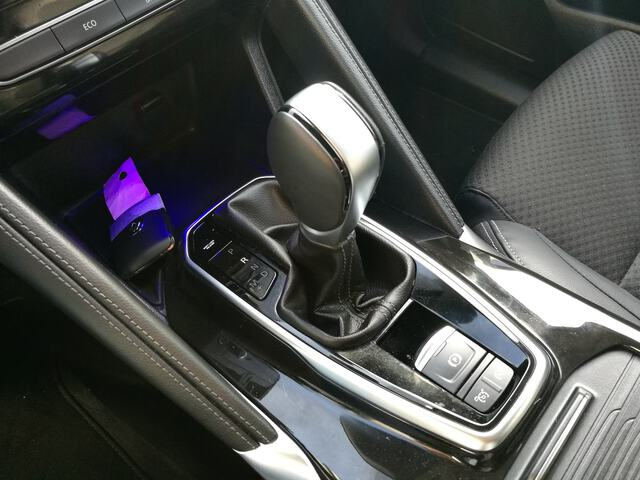 Inside Koleos Diesel  Gris Plata