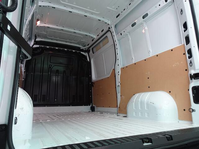 Inside Master Furgón Diesel  Blanco Glaciar