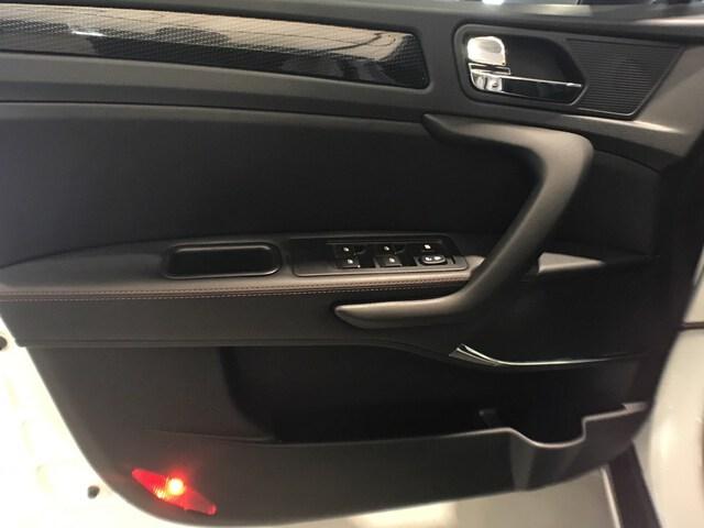 Inside  4 Gasolina/Gas  White
