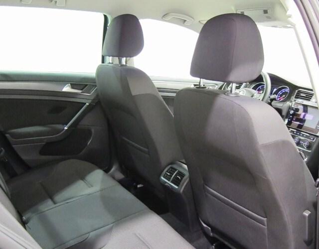 Inside Golf VII Variant Diesel  Gris Indy metalizado
