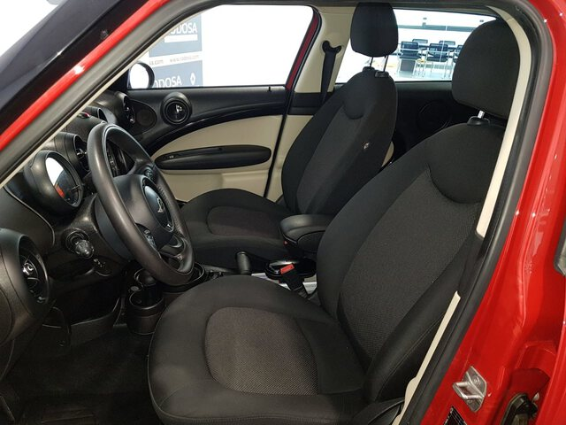 Inside  R60 Countryman Diesel  Chili Red