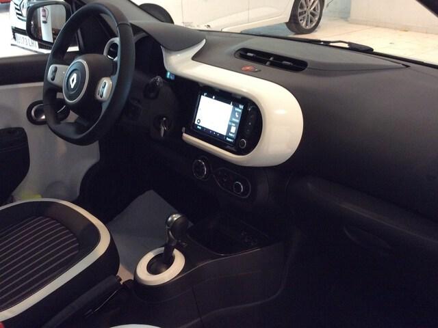 Inside Nuevo Twingo E-Tech eléctrico  Blanco Cristal