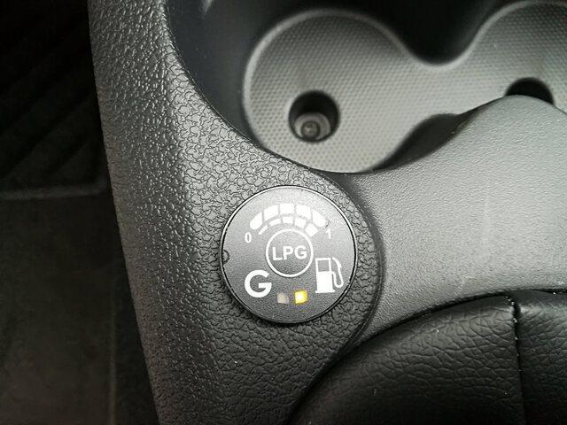 Inside Sandero Gasolina/Gas  Gris