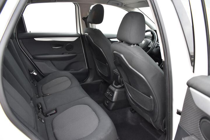 Inside Serie 2 F45 Active Tourer Diesel  BLANCO